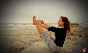 Marta Szczerek - yoga na plaży w Palavas-Les-Flots