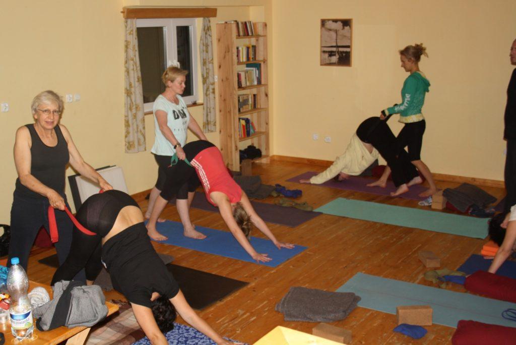 Wyjazd terapeutyczny Yoga Medica do Zamkowej Góry