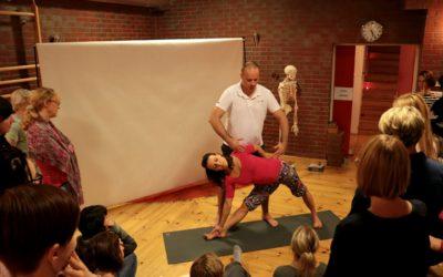 Anatomia i fizjologia ćwiczeń jogi – relacja z pierwszego modułu szkolenia